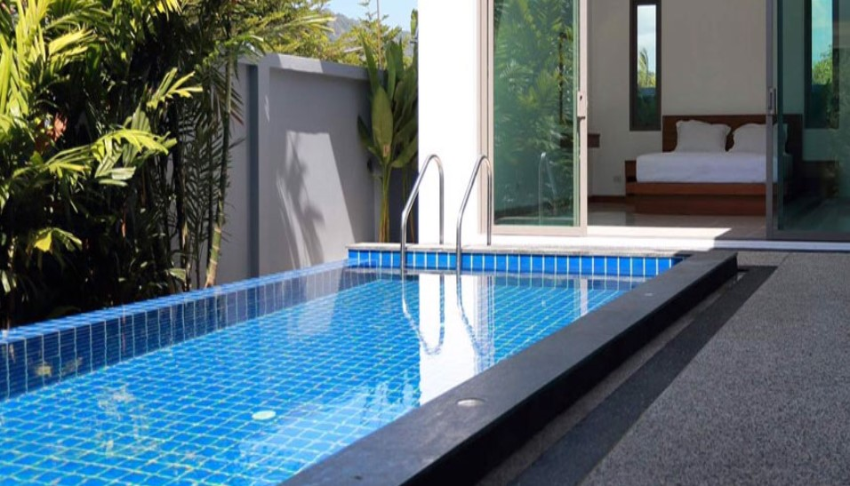 Three Different Categories Of Swimming Pools' Depth And The Usages And Reasons Of Them