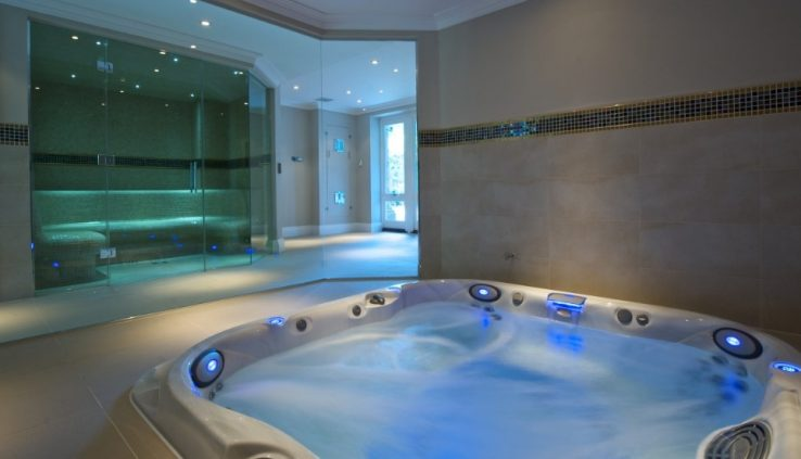 Sauna And Jacuzzi In Swimming Pools